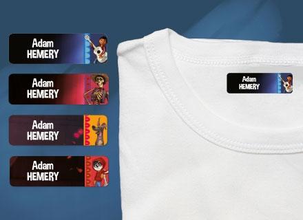Une étiquette thermocollante Coco sur un t-shirt