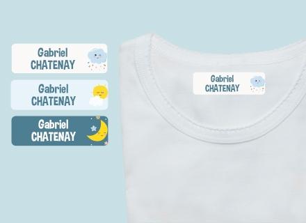 """Une étiquette thermocollante """"Nuages"""" sur un t-shirt"""